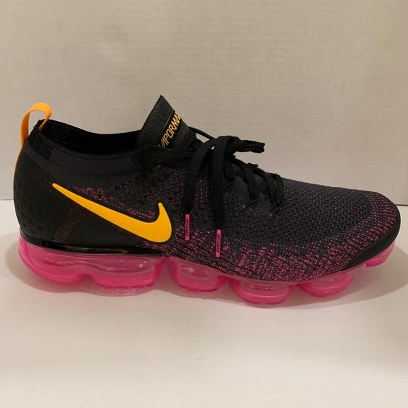 huge selection of 607ab 45b63 Nike air vapormax flyknit 2 women 942843-008 Sz 5